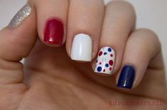 Beautiful nail art designs that are just too cute to resist. It's time to try out something new with your nail art. Get Nails, Fancy Nails, How To Do Nails, Pretty Nails, Nail Art Designs, July 4th Nails Designs, Diy Fourth Of July Nails, Diy Patriotic Nails, Nail Art Paillette
