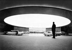 The Styling Dome, GM Technical Center, 1956 Eero Saarinen, ©Ezra Stoller