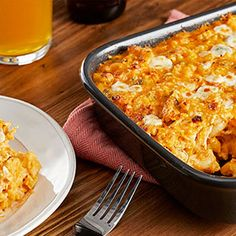 Check out this great recipe from Franks RedHot: Franks-Redhot-Classic-Buffalo-Chicken-Mac-N-Cheese Chicken Nachos Recipe, Chicken Sandwich Recipes, Chicken Dips, Chicken Pizza, Fried Chicken, Air Fryer Dinner Recipes, Appetizer Recipes, Appetizers, Wing Recipes