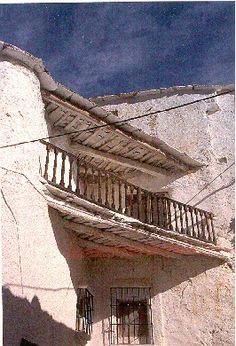 Transformaciones recientes en la arquitectura, el urbanismo y el paisaje en la comarca de La Alpujarra