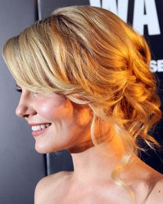 Romantic Loose Wavy Blonde Updo Hairstyle for Wedding and Prom