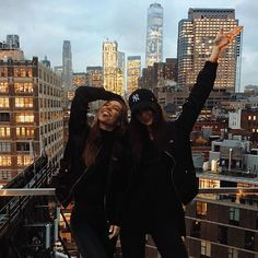 I love this city @alexisren @thenakedtiger