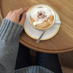 Cozy Cafe, Aesthetic Food, Panna Cotta, Food And Drink, Coffeehouse, Restaurant, Drinks, Breakfast, Food Food