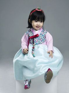 한복 Hanbok : Korean traditional clothes[dress] #modernhanbok #babyhanbok