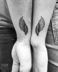 Tatuagem feita por Marcelo Simon de Santa Catarina. Asas de anjo, uma em cada pessoa do casal.