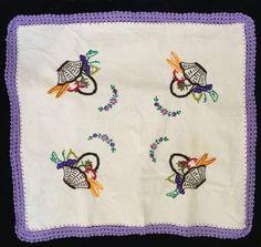 "Vintage Doily Table Topper Embroidered Fruit Baskets Purple Crochet Trim 23"" Sq"