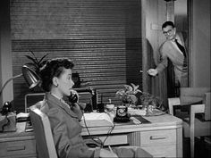 Adventures of Superman: Season 1, Episode 4 Mystery of the Broken Statues (10 Oct. 1952)