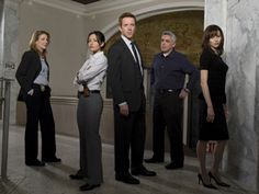 8 Netflix Instant Watch TV Series To Make The Bleak Winter Downright Cozy Tv Show Life, Life Tv, Best Tv Shows, Best Shows Ever, Favorite Tv Shows, Damian Lewis, Nbc Tv, Tv Series To Watch, American Crime