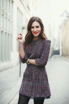 Tweed fabric is popular for fall and winter and dresses made of it looks especially great. So here are great outfit ideas with them. Outfits Damen, Dress Outfits, Fashion Dresses, Sweater Outfits, Tweed Dress, Knit Dress, Tweed Outfit, Boho Dress, Dress Girl