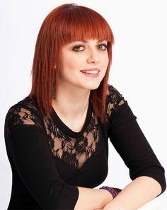 Annalisa Scarrone è una cantante ligure, conosciuta come Annalisa, nasce il 5 agosto del 1985 a Savona.
