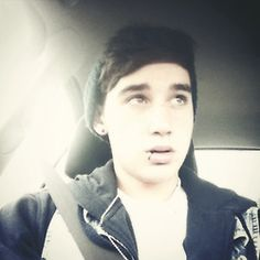Who could not love Luke he's awesome!!!!!!!!!!!!! :) <3