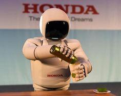 New Honda ASIMO Displays More Human-like Movement