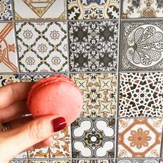 Pour Some Sugar On Me. #foodiestiles#design#decor#fromwhereistand#fwis#ihavethisthingwithtiles#igers#jj#lookingacross#pattern#perspective#macaroon#singaporegypsy#hand#tiles#desert#inmyhand#ihavethisthingwithwalls#wall by singaporegypsy