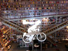 Livraria Devagar Ler – Lisbon, Portugal