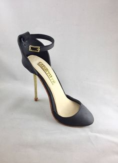 Gumpaste High Heel Shoe/ Cake Topper//sugar shoes/Fondant shoe// by SweetCakeFetish on Etsy