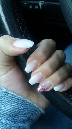 #lovenails #babyboomer #glitzer #blingbling #rosé
