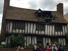 potters house godrics hollow Hagrids Hut, The Burrow, Harry Potter Studios, Potters House, Diagon Alley, Hogwarts, Castle, Tower, House Styles