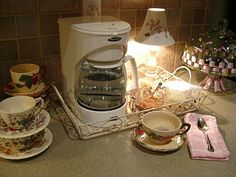 The Beehive Cottage: Herbal Tea Station!