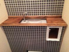 【簡単DIY】賃貸のトイレも高級に!タンクレストイレ風に大変身!|LIMIA (リミア)