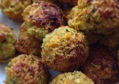 Zöldséges kuszkusz fasírt Diet Recipes, Vegetarian Recipes, Cooking Recipes, Healthy Recipes, Vegan Menu, Hungarian Recipes, Food Humor, Healthy Cooking, Vegetable Recipes