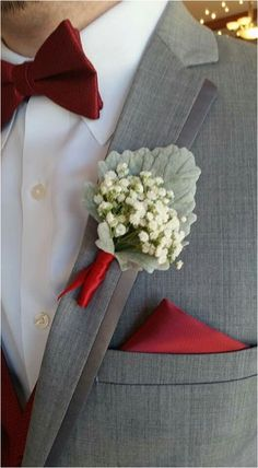 Gorgeous Simple Baby Breath Bouquet and Boutonniere Inspirations https://bridalore.com/2018/01/01/simple-baby-breath-bouquet-and-boutonniere-inspirations/