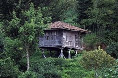 Decoupage, Vernacular Architecture, Gazebo, Outdoor Structures, Cabin, House Styles, Interior, Travel, Home Decor
