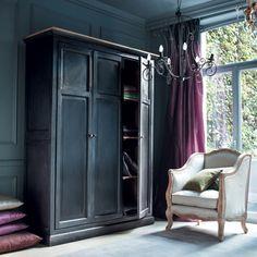 gorgeous black wardrobe