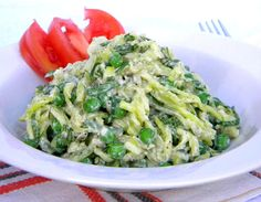 The Chalkboard Mag shares this raw food recipe for zucchini pasta salad by Addicted To Raw. Try this raw recipe for raw food bliss.