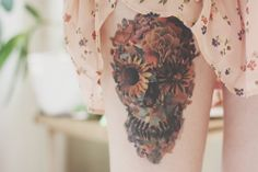 Cool Skull Tattoos For Women – My hair and beauty Incredible Tattoos, Great Tattoos, Sexy Tattoos, Beautiful Tattoos, Body Art Tattoos, Fake Tattoos, Awesome Tattoos, Tattoo Girls, Tattoo You