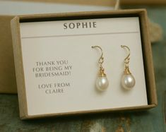 Hey, I found this really awesome Etsy listing at https://www.etsy.com/listing/209437288/bridal-pearl-drop-earrings-gold-pearl