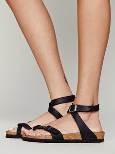 Birkenstock Yara at Free People Clothing Boutique Fall Shoes, Summer Shoes, Latest Summer Fashion, Shoe Gallery, Birkenstock Sandals, Black Leather Sandals, Sock Shoes, Comfortable Shoes, Me Too Shoes