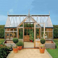 How to make the small greenhouse? There are some tempting seven basic steps to make the small greenhouse to beautify your garden. Diy Greenhouse Plans, Backyard Greenhouse, Small Greenhouse, Greenhouse Wedding, Greenhouse Panels, Miniature Greenhouse, Portable Greenhouse, Cedar Roof, Red Cedar