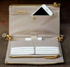 Wallet organiser | Women clutch. Nude and Gold.