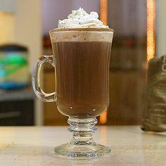 Cacao Hot Chocolate, Chocolate Whipped Cream, Chocolate Shavings, Chocolate Lovers, Frangelico Cocktail Recipe, Frangelico Drinks, Chocolate Cocktails, Coffee Cocktails, Irish Coffee Mugs