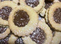 Le ciambelline ripiene di nutella sono una ricetta di Marcella Chessa, ideale per la prima colazione, golose e ripiene di nutella.  #dessert #sweet #ciambelline #brekfast #recipe #ricette #ricetta #dolce #dolci Biscuits, Cheesecake, Cookies, Mini, Desserts, Food, Crack Crackers, Crack Crackers, Tailgate Desserts