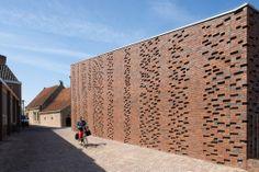 Restoration and Extension Museum Nairac by Van Hoogevest Architecten