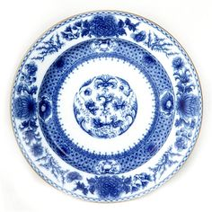 Exquisite China inspired by Chinese export porcelain from the Ming and Ch'ing Dynasties. We feature exquisite luxury china. Shop our Mottahedeh China and Plates. Blue And White Dinnerware, Blue Dinnerware, Blue Dinner Plates, Blue Plates, Blue And White China, Blue China, White Dishes, China Patterns, White Decor