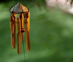 Discover the Ways Wind Chimes Can Increase Good Feng Shui: If you love wind chimes, use them as cures in your feng shui applications. Just be sure to find their best use according to feng shui guidelines and get ready to enjoy good feng shui in your home or garden!