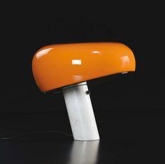 Lampe futuriste, années 1970                                                                                                                                                                                 Plus