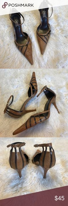 Carlos Santana retro pointed toe heels size 8 Carlos Santana retro tan pointed toe heels size 8 in great condition. Only wear is on the bottom. Heel is 3.5 inches Carlos Santana Shoes Heels