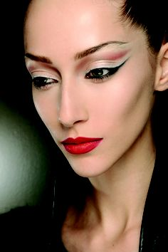 """ARTI-TECH"" Trend - MAC Cosmetics AW 2012 Trend Presentation"