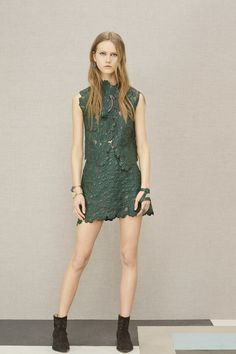 Elie Saab Pre-Fall 2016 Collection - Vogue