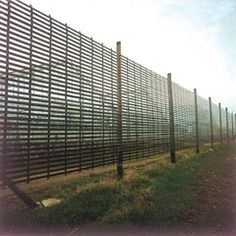 wide plastic garden mesh for fencing or use as a climbing plant support. Climbing Plant Support, Garden Mesh, Plastic Mesh, Plant Supports, Mesh Netting, White Gardens, Irrigation, Permaculture, Horticulture