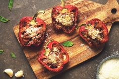 Get inspired and try this delicious and easy Vegetarian Stuffed Peppers Recipe, using Quorn Meatless Grounds. Enjoy meatless alternatives with Quorn. Quorn Recipes, Mince Recipes, Vegetarian Italian, Vegetarian Recipes, Cooking Recipes, Keto Recipes, Healthy Recipes, Easy Vegetarian Stuffed Peppers, Quorn Mince