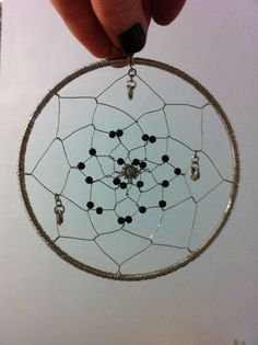 DIY Wire Dreamcatcher