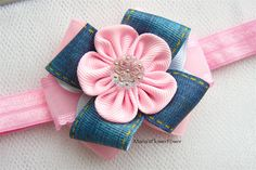 This listing is for a baby girl, toddler handmade KANZASHI headband.  The flower itself, made of grosgrain ribbon, measures apprx. 3.5cm(1-1/2),decorated with beautiful satin, grosgrain and organza ribbon.  The headband itself is made of soft elasticated band that is delicate for a babys head.  Headband sizing chart:  Newborn- 33cm-13  *0-6 months - 35cm-14 *6-12 months- 39cm-15-1/2 *12 months - 24 month- 40 cm- 16 OR *custom size. *These are estimates only. All babies grow at different…