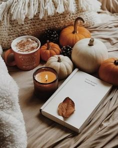 Discovered by 𝑀𝒾𝒸𝒽𝑒𝓁𝓁𝑒. Find images and videos about aesthetic, book and coffee on We Heart It - the app to get lost in what you love. Book And Coffee, Coffee Cafe, Fall Background, Autumn Cozy, Autumn Fall, Autumn Coffee, Autumn Feeling, Autumn Aesthetic, Happy Fall Y'all