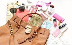 As 8 coisas que Toda Mulher Deve Ter na Bolsa