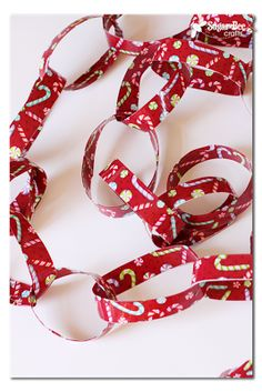 Duck Tape Holiday Chain