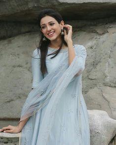 Salwar Dress, Sari Dress, Salwar Kameez, Anarkali, Dress Indian Style, Indian Dresses, Indian Outfits, Indian Attire, Indian Ethnic Wear
